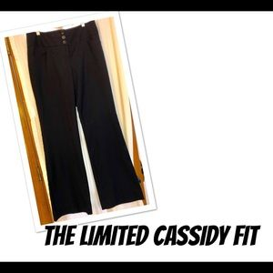 NWOT THE LIMITED CASSIDY FIT FLARED SLACKS!